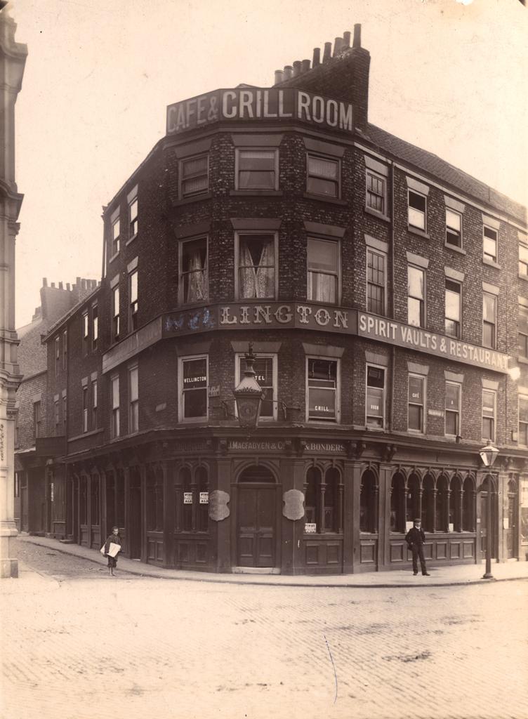 Wellington Hotel, Collingwood Street/Pudding Chare