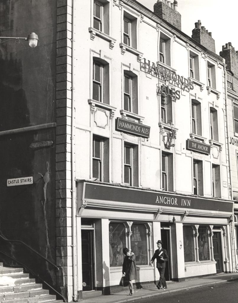 Anchor Inn, The Close